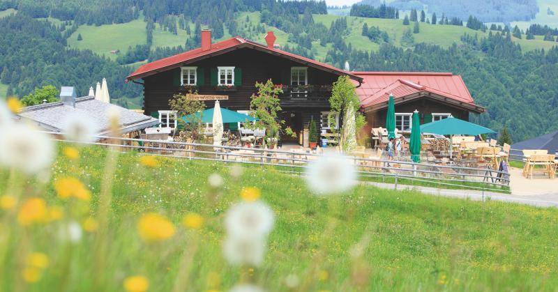 Berghütte Bärenfalle bei der Bergstation der Alpsee Bergwelt bei Immenstadt